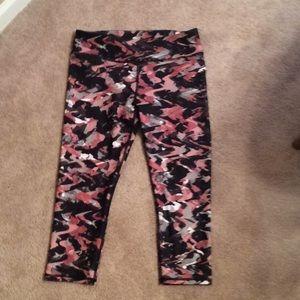 Pink Camo Crop Fabletic Leggings